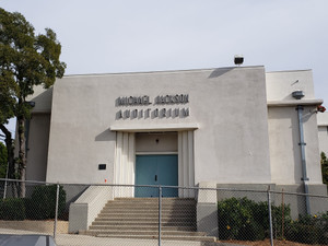 Michael_jackson_auditorium