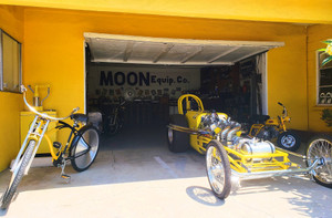 Mooneyes_garage